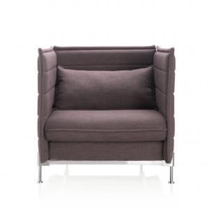 Enclosed 1–Seater Sofa – Midback